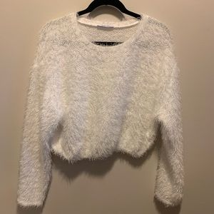 Zara - Crop too fuzzy shirt
